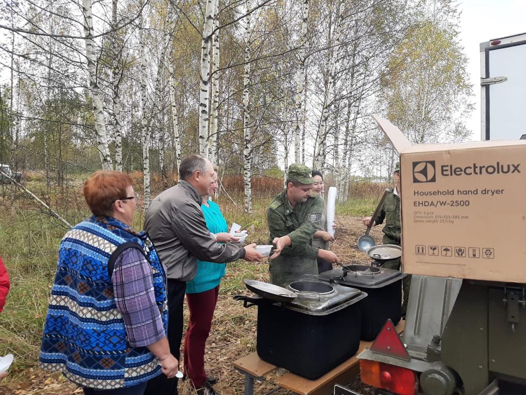 В Борисоглебском районе высадили 5 тысяч елей