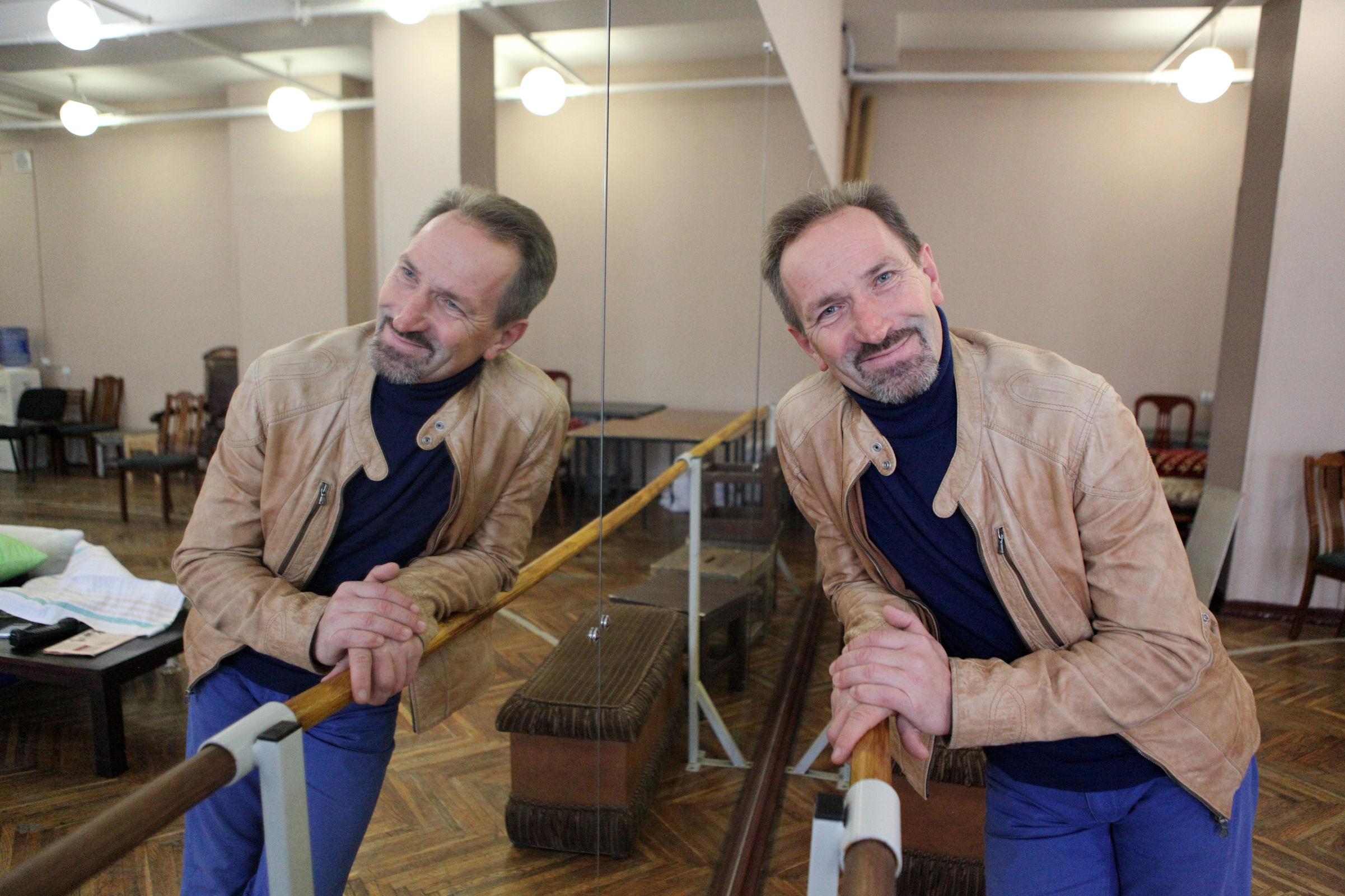 Народный артист Валерий Кириллов рассказал о новом театральном сезоне в Волковском