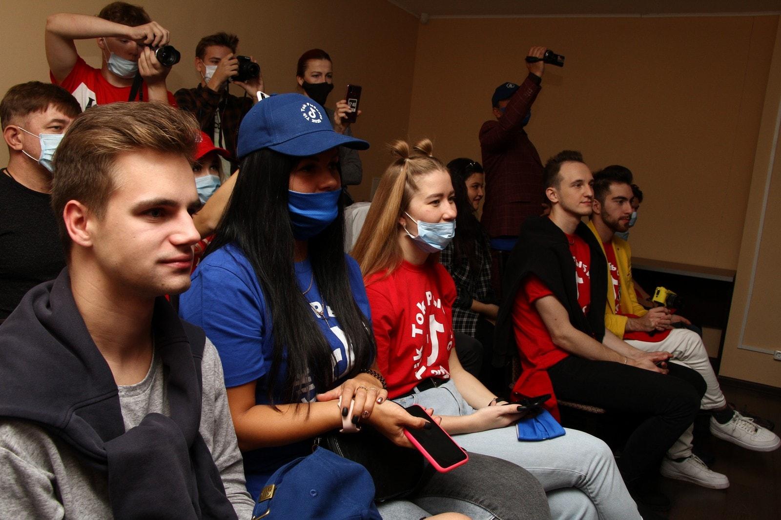 В Рыбинск в минувшие выходные приехали десятки популярных блогеров-миллионников