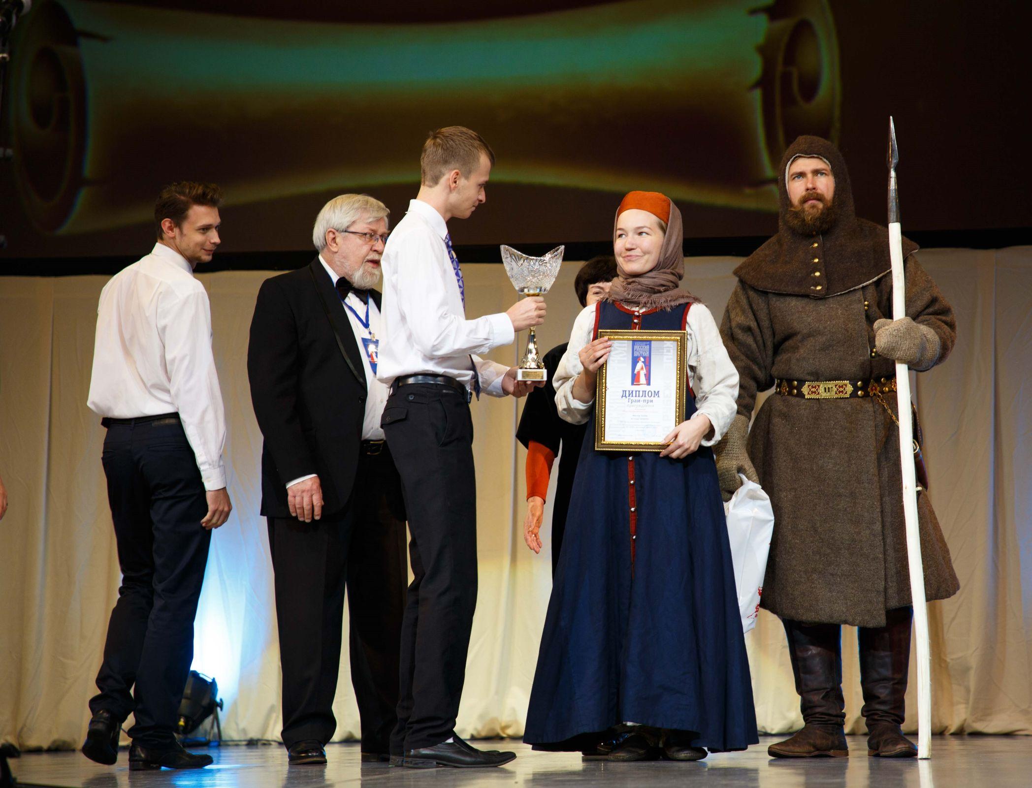 Пять ярославских модельеров стали победителями Х всероссийского фестиваля «Русский костюм на рубеже эпох»
