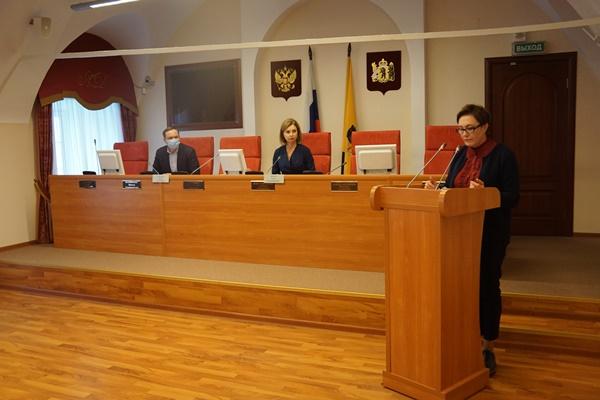 Большинство выявленных в этом году в Ярославской области детей-сирот уже устроены в семьи