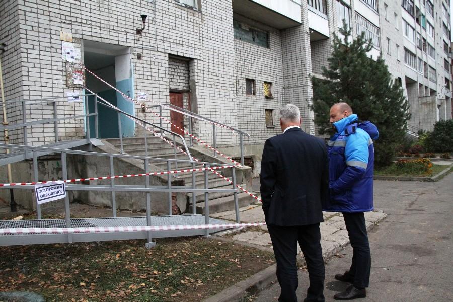 Водоканал подарил на день рождения мэру Рыбинска пандус