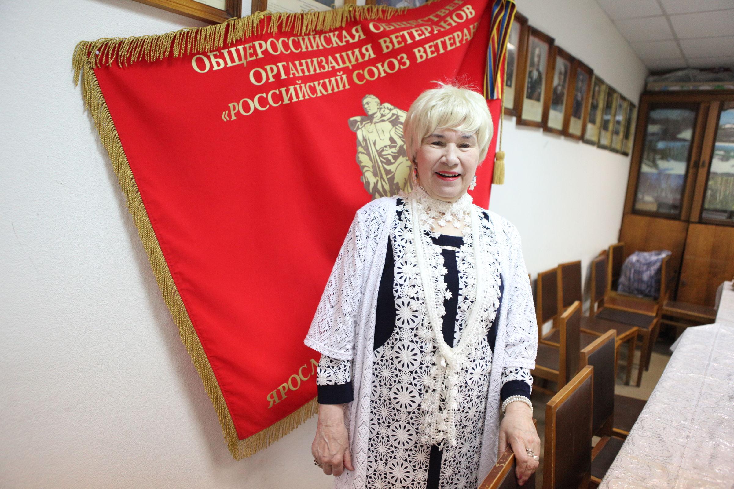 Всегда в строю: 85-летняя ярославна руководит полковниками в отставке