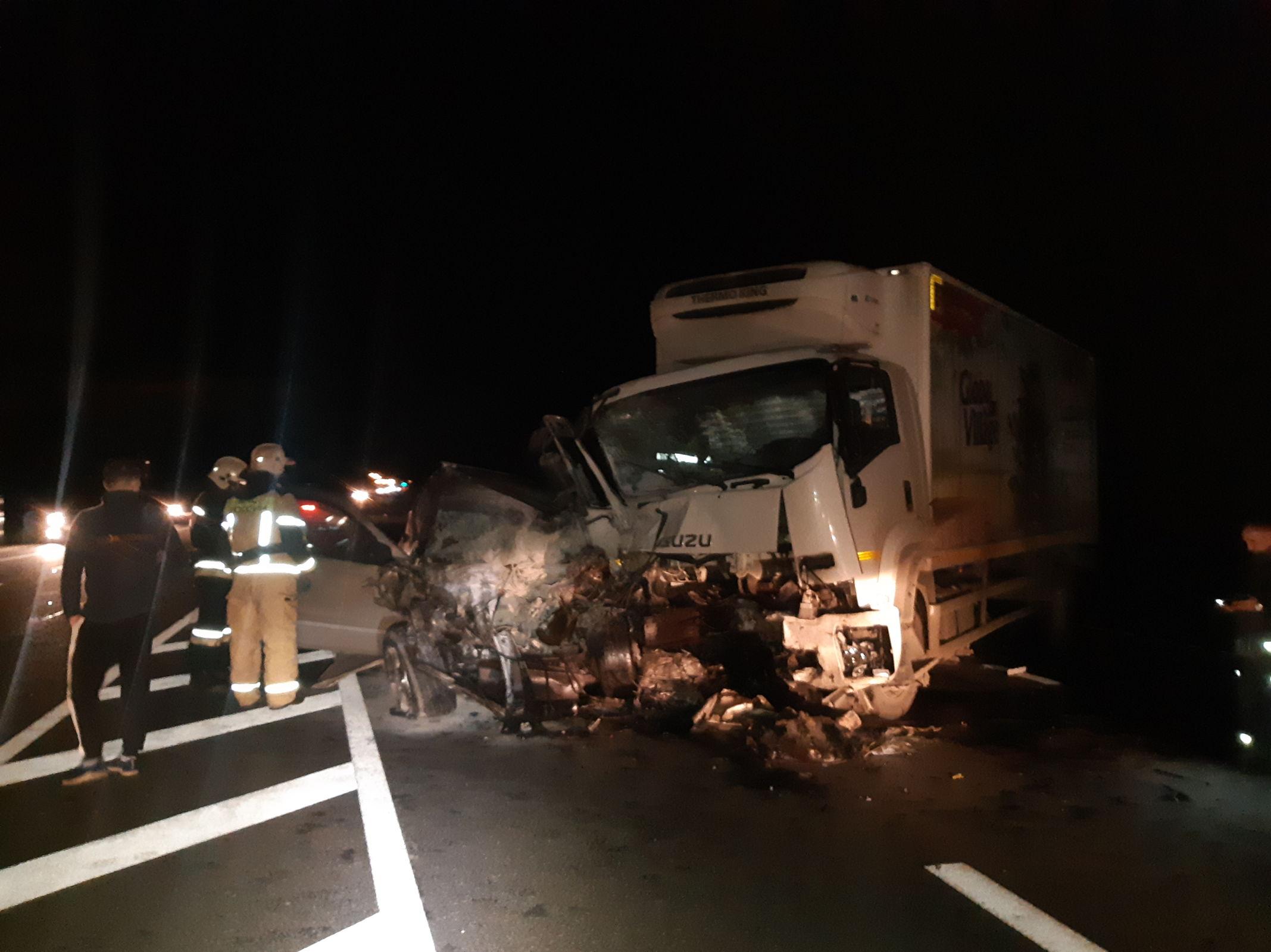 В крупном ДТП с фурой под Ярославлем погиб водитель джипа