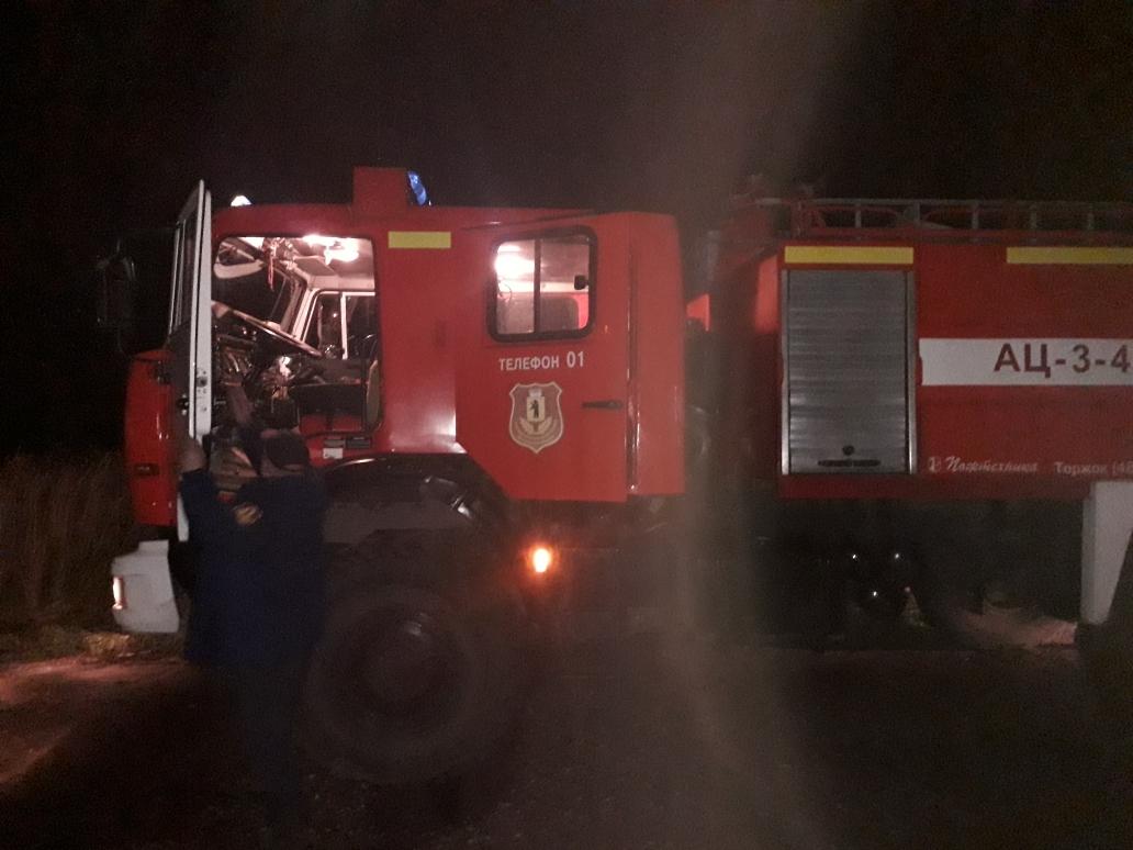 В Рыбинском районе «шестерка» опрокинулась в кювете: пострадал водитель