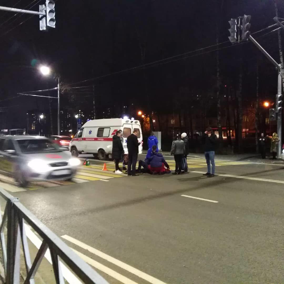 В Ярославле водитель иномарки сбил женщину на переходе