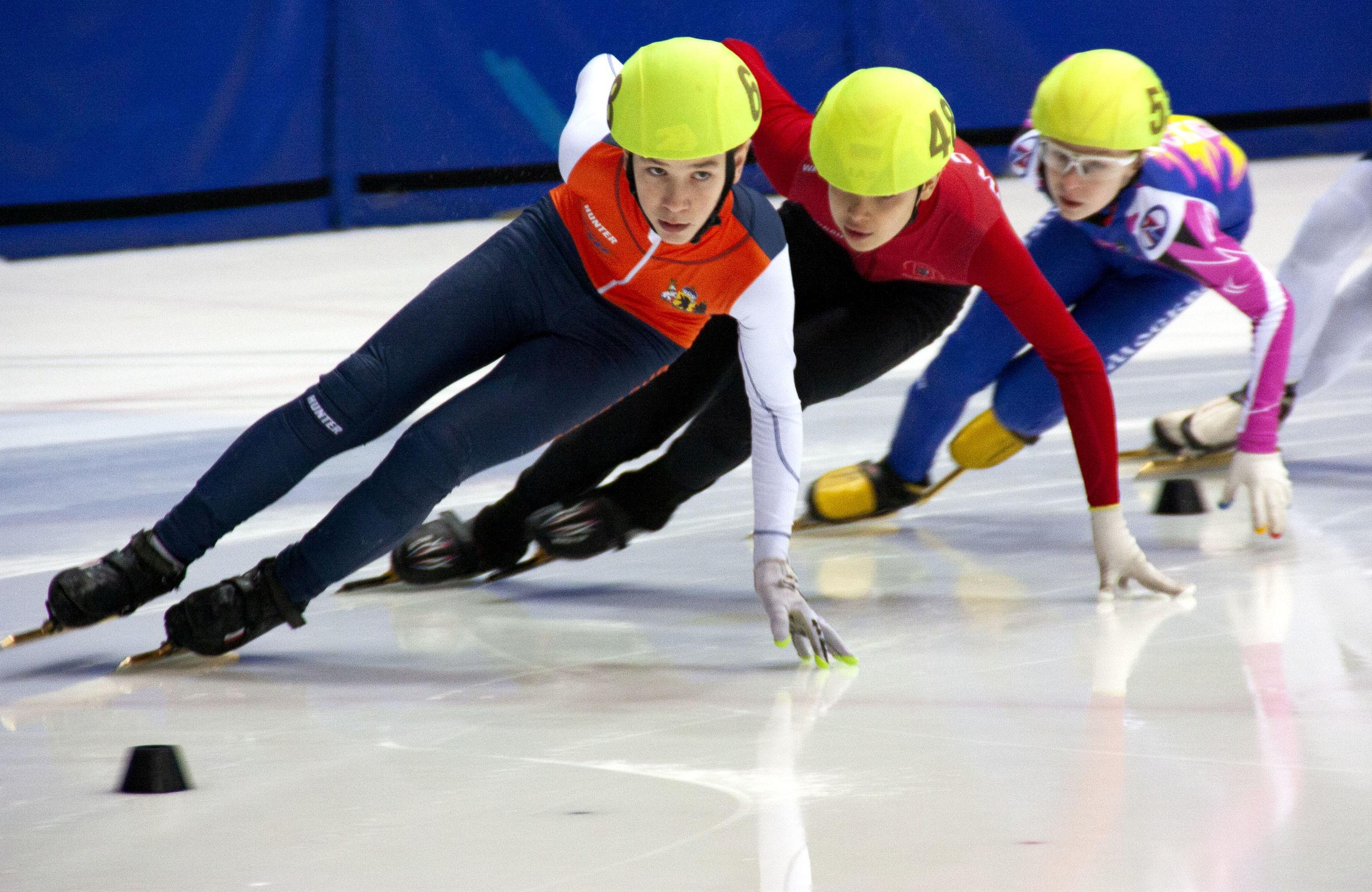 Ярославцы завоевали медали на Всероссийских соревнованиях по шорт-треку