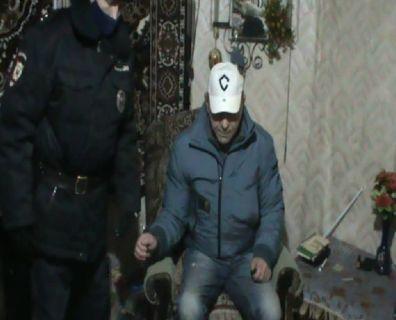 Задушил и выбросил тело в мусорный бак: в Ярославле арестовали подозреваемого в убийстве сожительницы