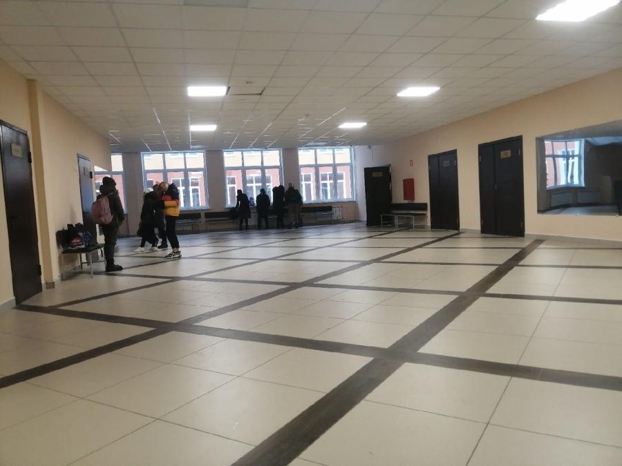 В Рыбинске специалисты обследовали здание школы на Тракторной