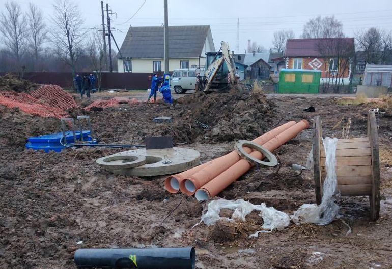 Детский сад и жилые дома в Любиме подключают к канализационным сетям
