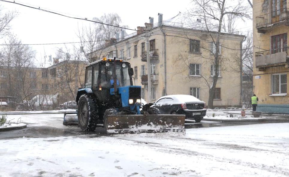 Дороги от снега в Ярославле будут убирать в круглосуточном режиме