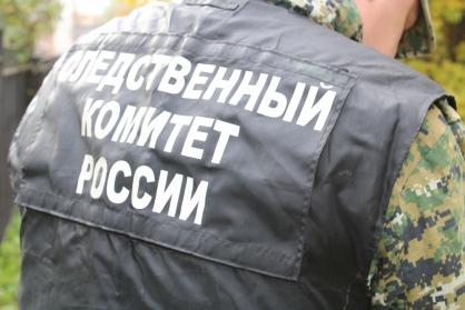 Рядом с многоквартирным домом в Рыбинске нашли труп 48-летней женщины
