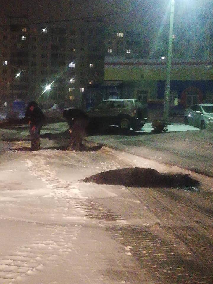 После сообщения в соцсетях об укладке асфальта в снег мэрия Ярославля проведет проверку