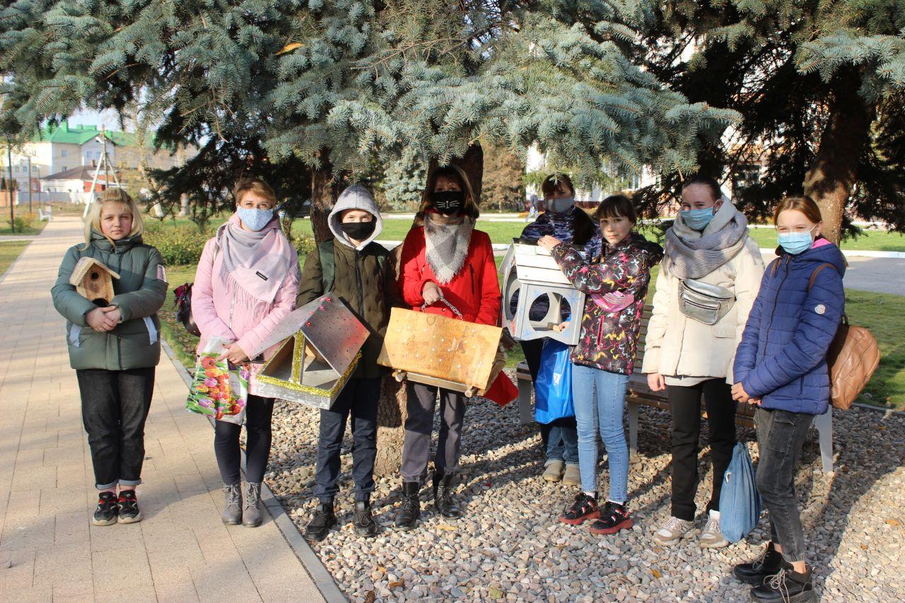 В Ярославской области стартовала акция «Покормите птиц зимой»