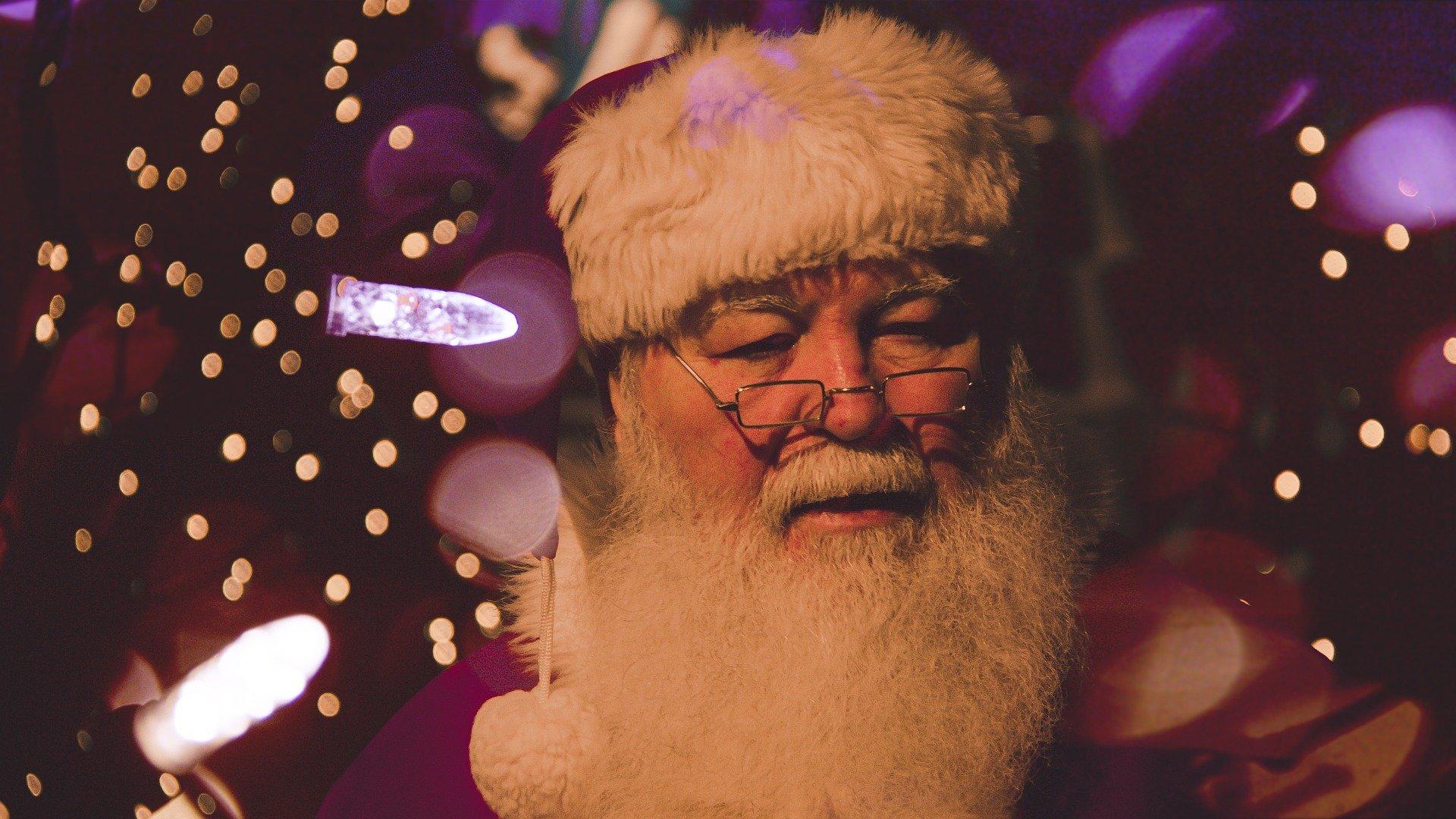 Ярославцы могут пообщаться по телефону с Дедом Морозом и Снегурочкой: куда звонить