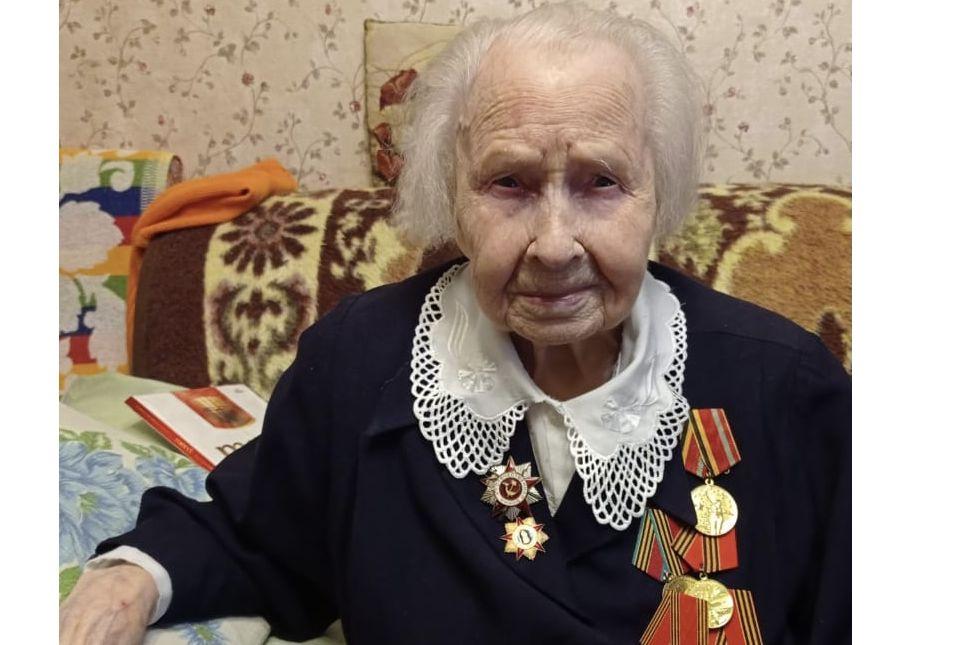 Дмитрий Миронов поздравил ярославскую долгожительницу, которой исполнился 101 год