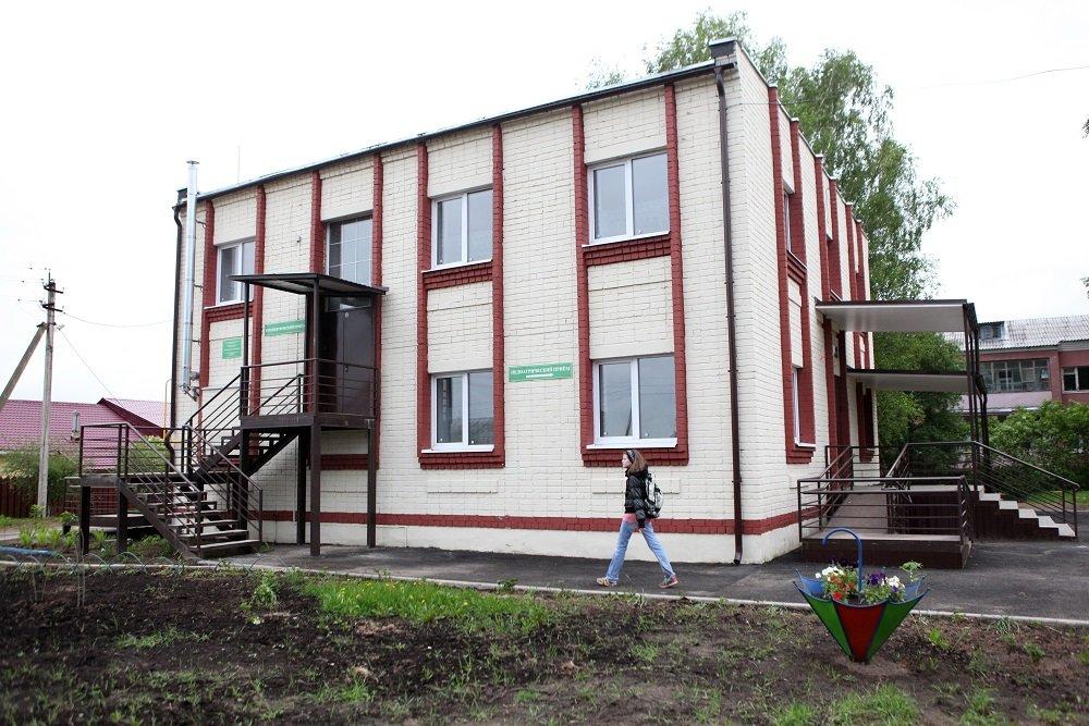 Дмитрий Миронов: в поселке Красный бор должна появиться своя поликлиника