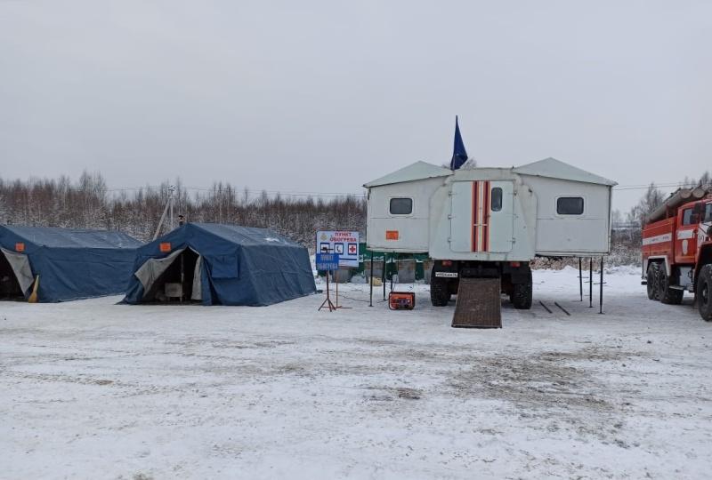 В Ярославской области на трассе М-8 организовали мобильный пункт обогрева