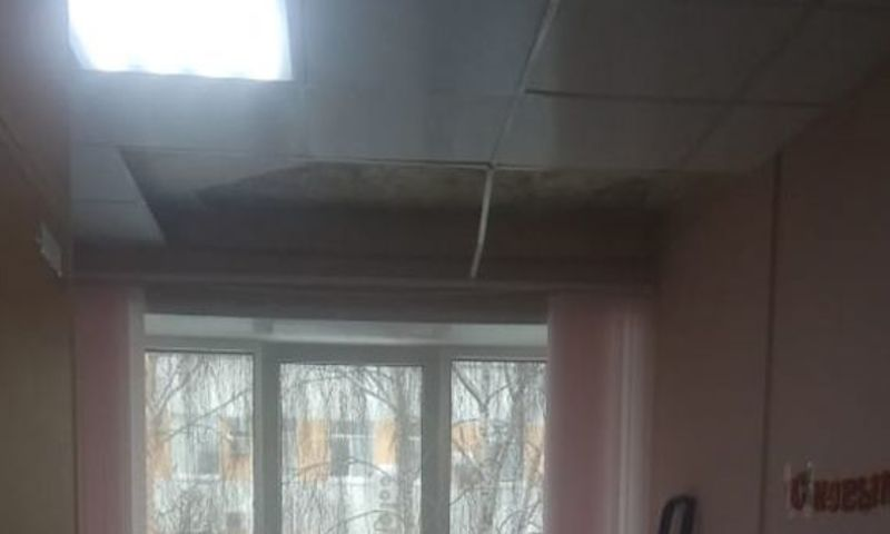 В Ярославле за неделю восстановят помещение детской больницы после обвала потолка