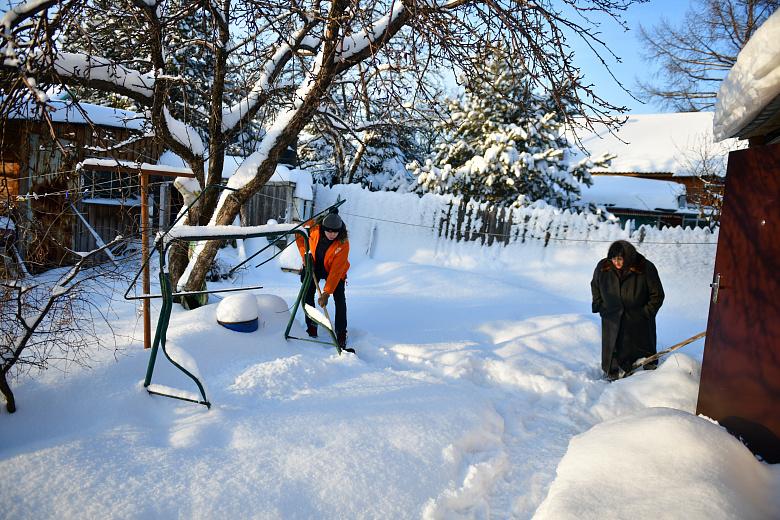 «Снежный десант» в Ярославле поможет убрать дворы пенсионеров и одиноких людей от снега