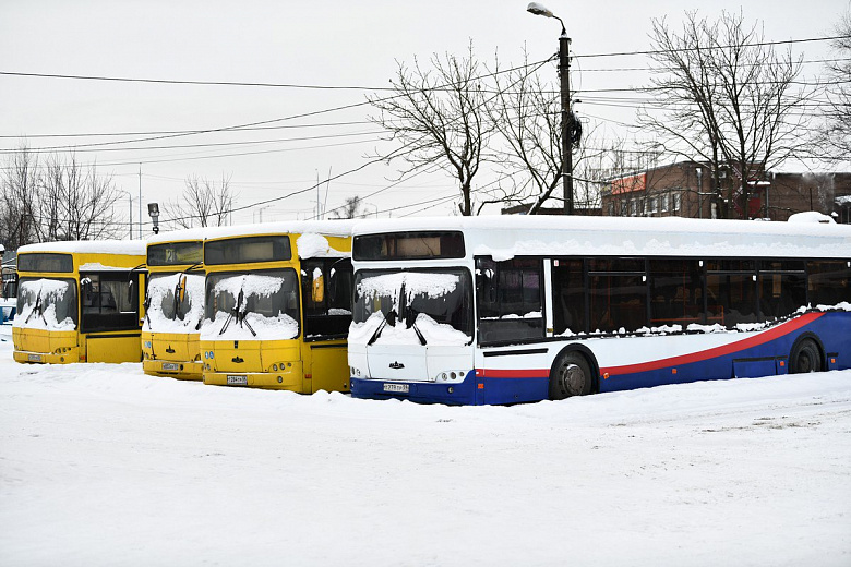 В Ярославль привезли 18 автобусов большой вместимости, еще восемь в пути