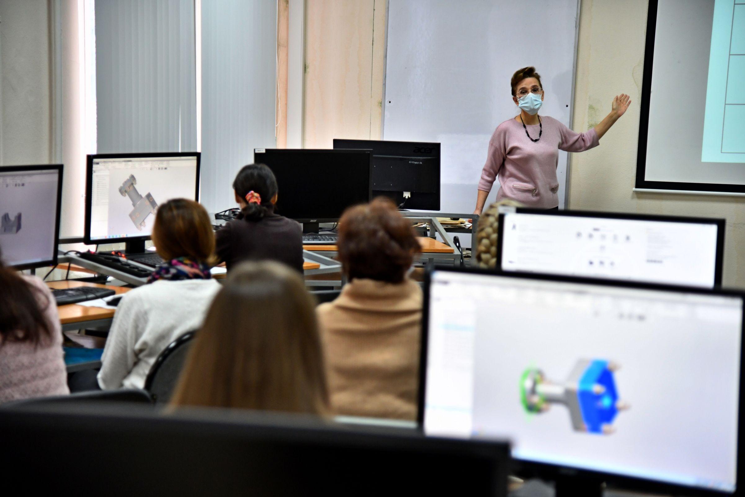 Учителя ярославских школ научились трехмерному моделированию