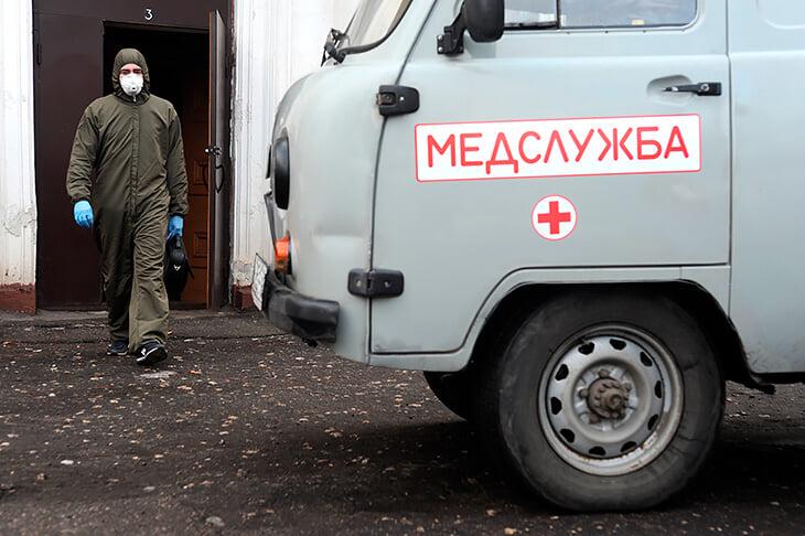 Врач «Шинника» в свой отпуск бесплатно развозил врачей по больным