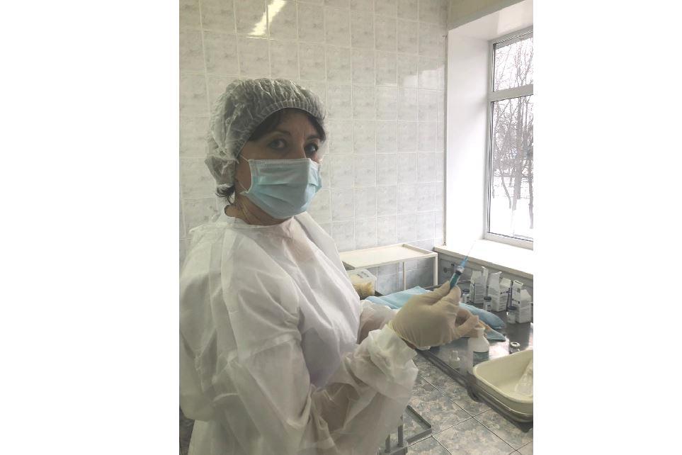 Более 5 тысяч жителей Ярославской области уже сделали прививки от коронавируса