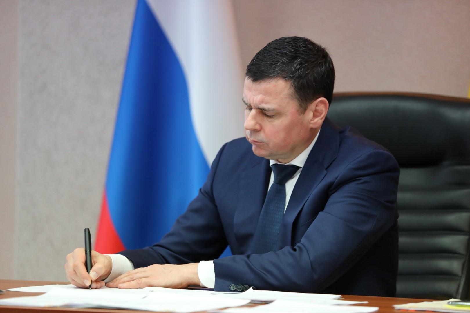 Дмитрий Миронов: совместно с Фондом защиты прав дольщиков решим проблемы еще 489 человек