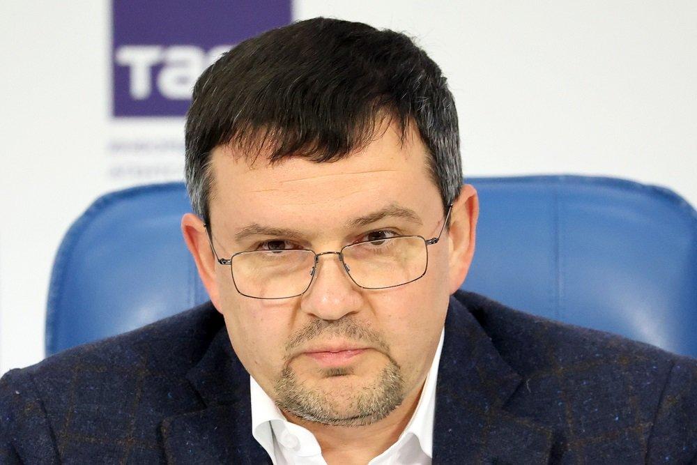 Глава «Почты России» Максим Акимов – о дронах, очередях, почтальонах и битве за рынок