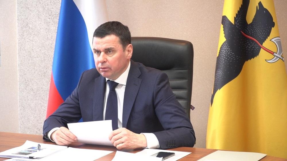 В 2021 году в Ярославской области планируют решить вопрос по 14 проблемным жилым домам – Миронов