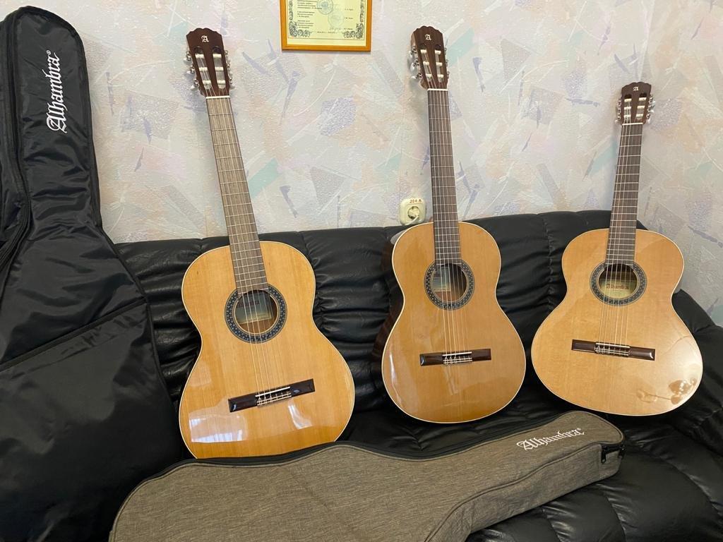 Новые музыкальные инструменты получила ярославская детская школа искусств