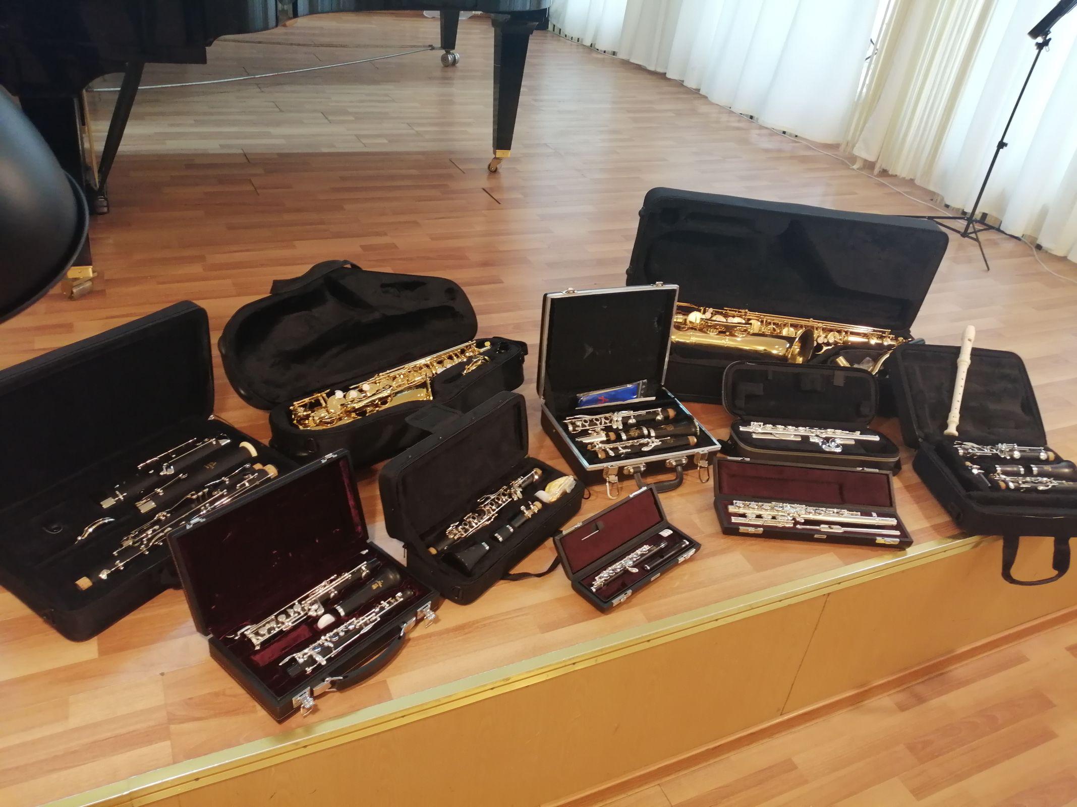 Крупная партия музыкальных инструментов поступила в детскую школу искусств имени Л.В. Собинова