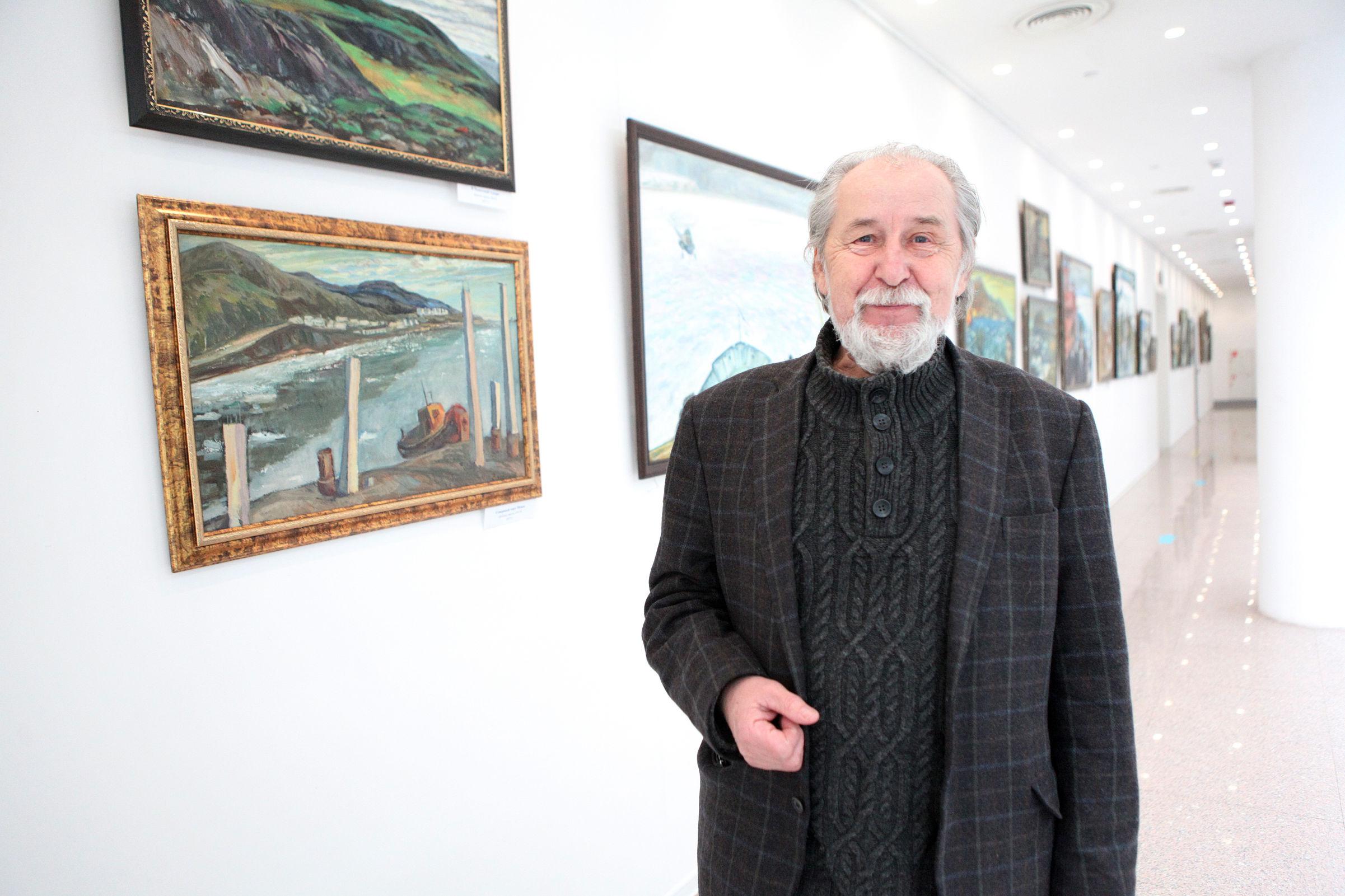 Курилы и Арктика Вячеслава Зарослова: в Ярославле открылась удивительная выставка картин