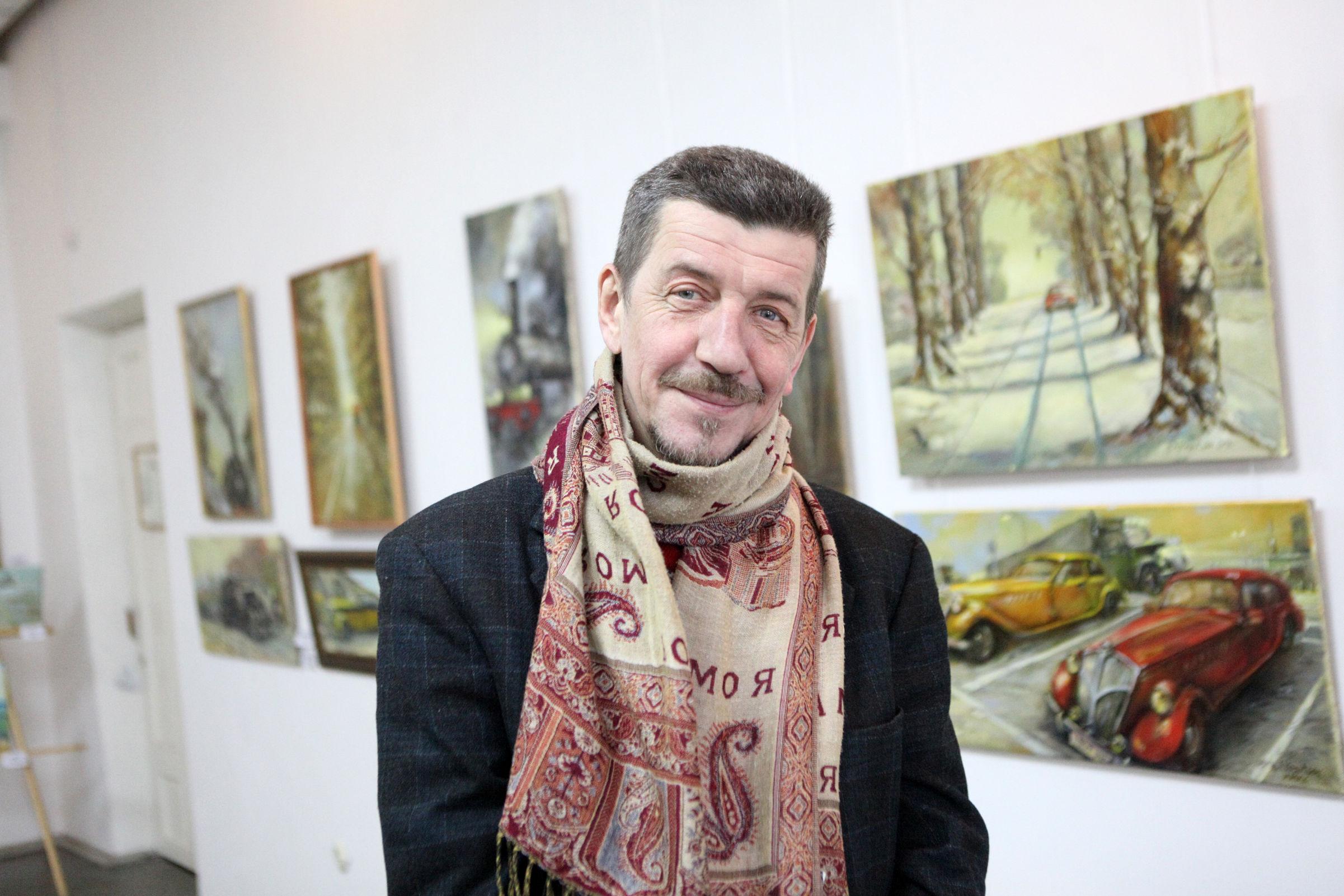 Романтик с «ребусами»: в Ярославле открылась экспозиция Александра Кравцова