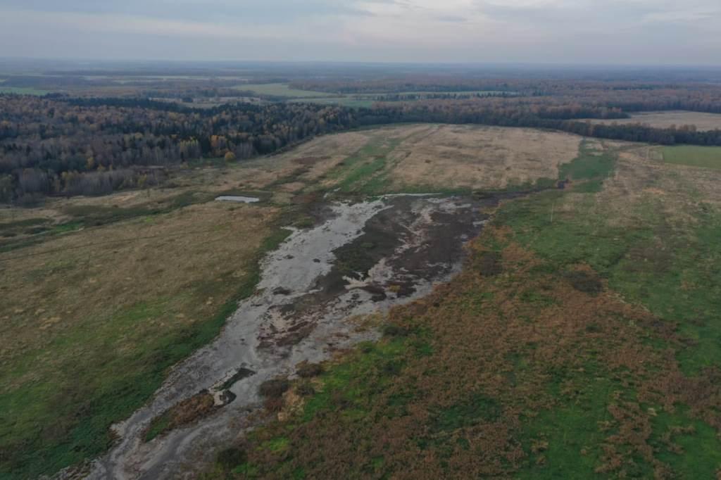 Начались спецрейды по выявлению незаконного размещения отходов животноводства на берегах рек
