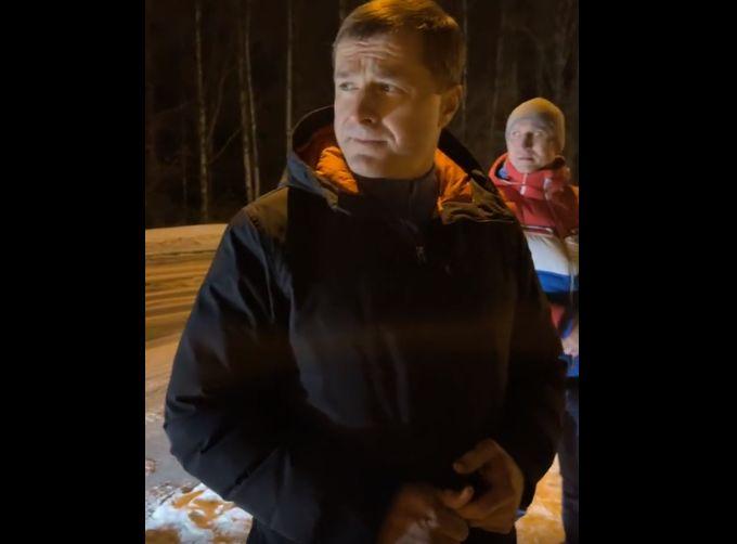 Мэр Ярославля ночью проверил качество уборки дорог на Резинотехнике