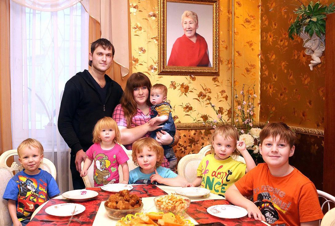 Один за всех, все – за одного: сестра вундеркинда Ильи Раевского рассказала о своей удивительной семье