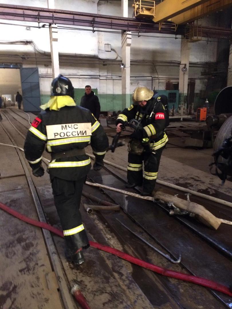 В Рыбинске на заводе произошел пожар: 50 человек эвакуировали
