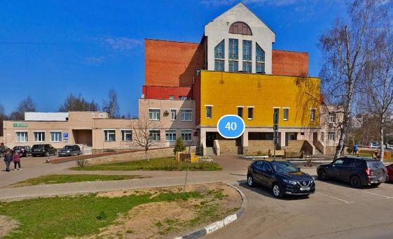 В Ярославле наркоман выпрыгнул из окна ковидного госпиталя и сбежал