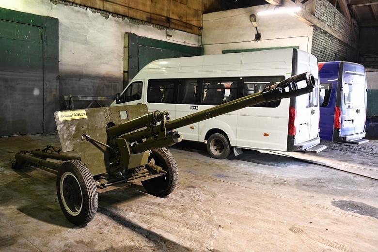 В Ярославле собрали точную копию противотанковой пушки образца 1943 года
