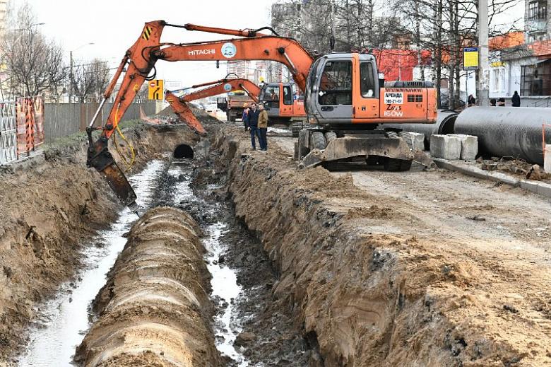 В Ярославле на проспекте Машиностроителей к концу апреля закончат ремонт сетей