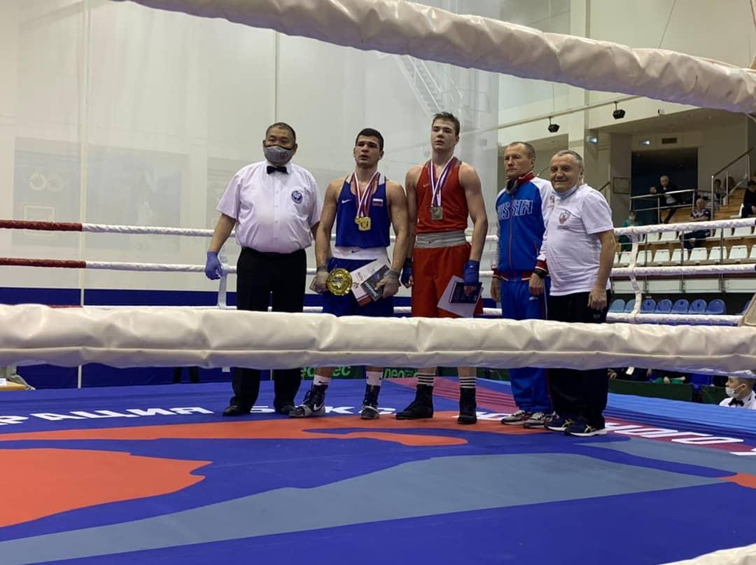 Две золотые медали завоевали ярославские боксеры на первенстве России