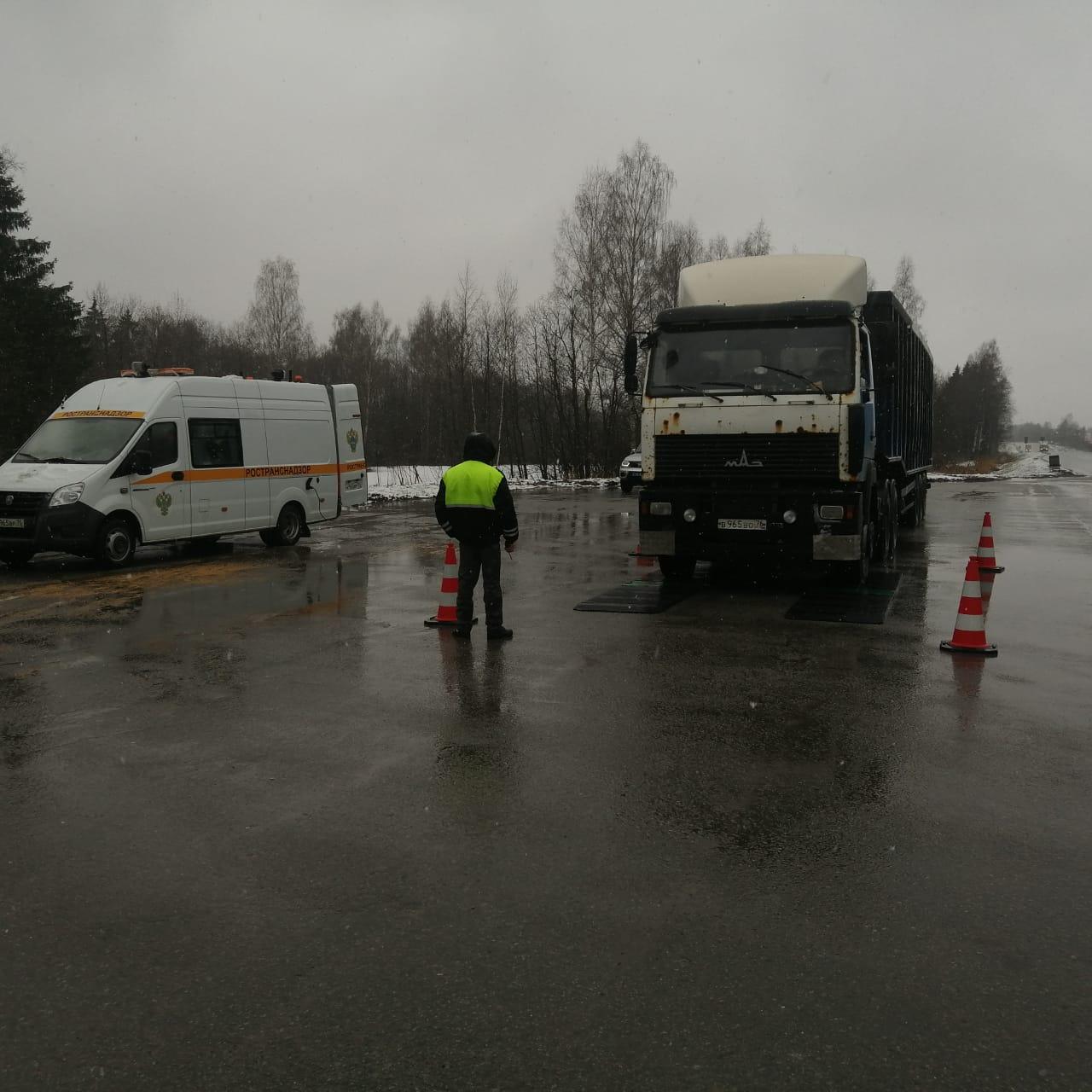 Передвижной пункт весового контроля будет работать на дорогах Ярославской области до 10 мая