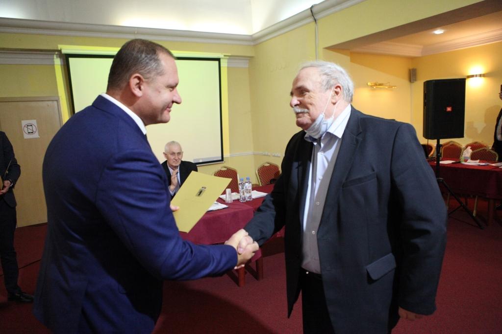 Представители ветеранских организаций получили областные награды