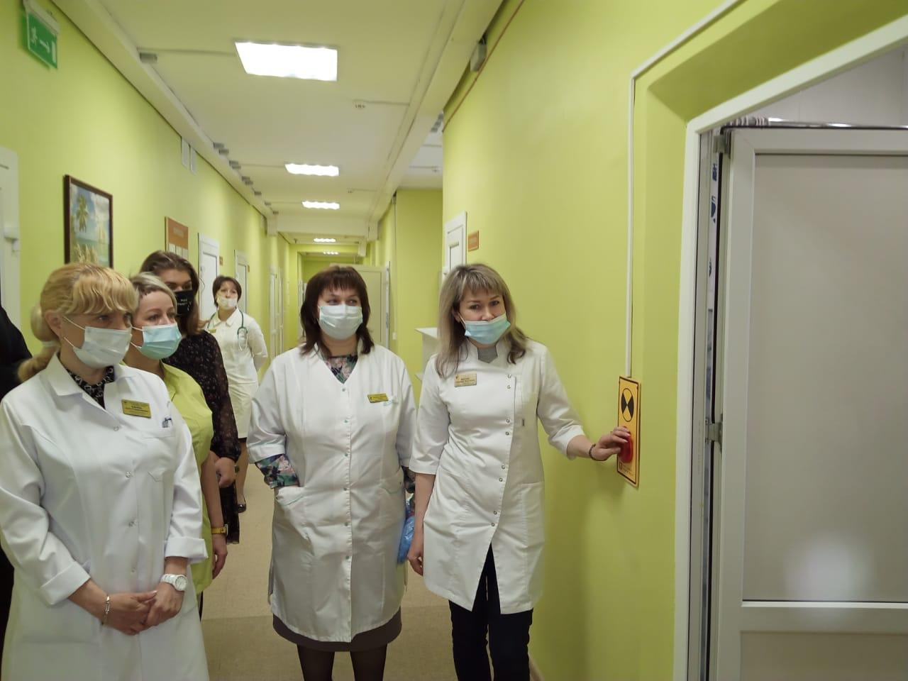 Отделение неврологии областной детской больницы открылось после капремонта