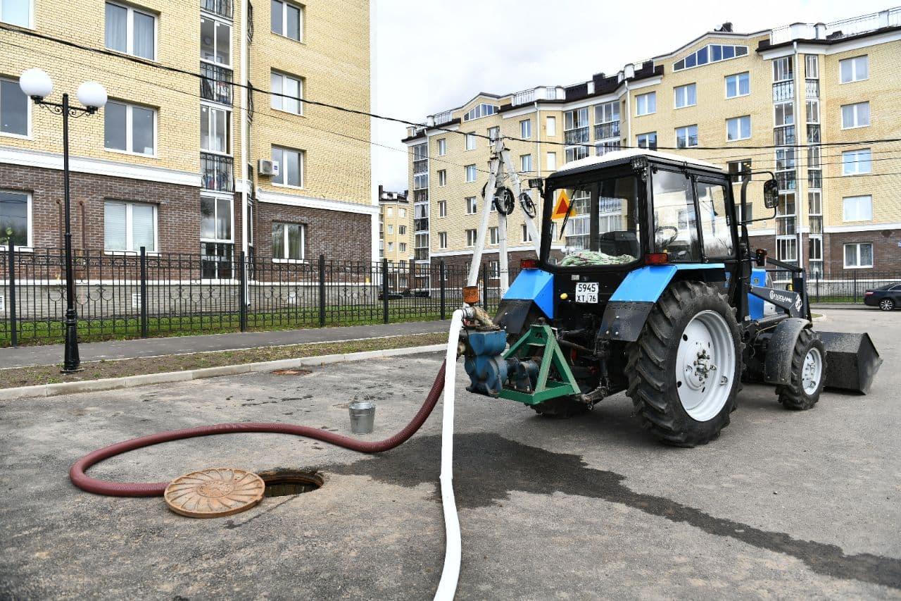 Власти рассказали, как решают проблему с затопленным кварталом в Ярославле