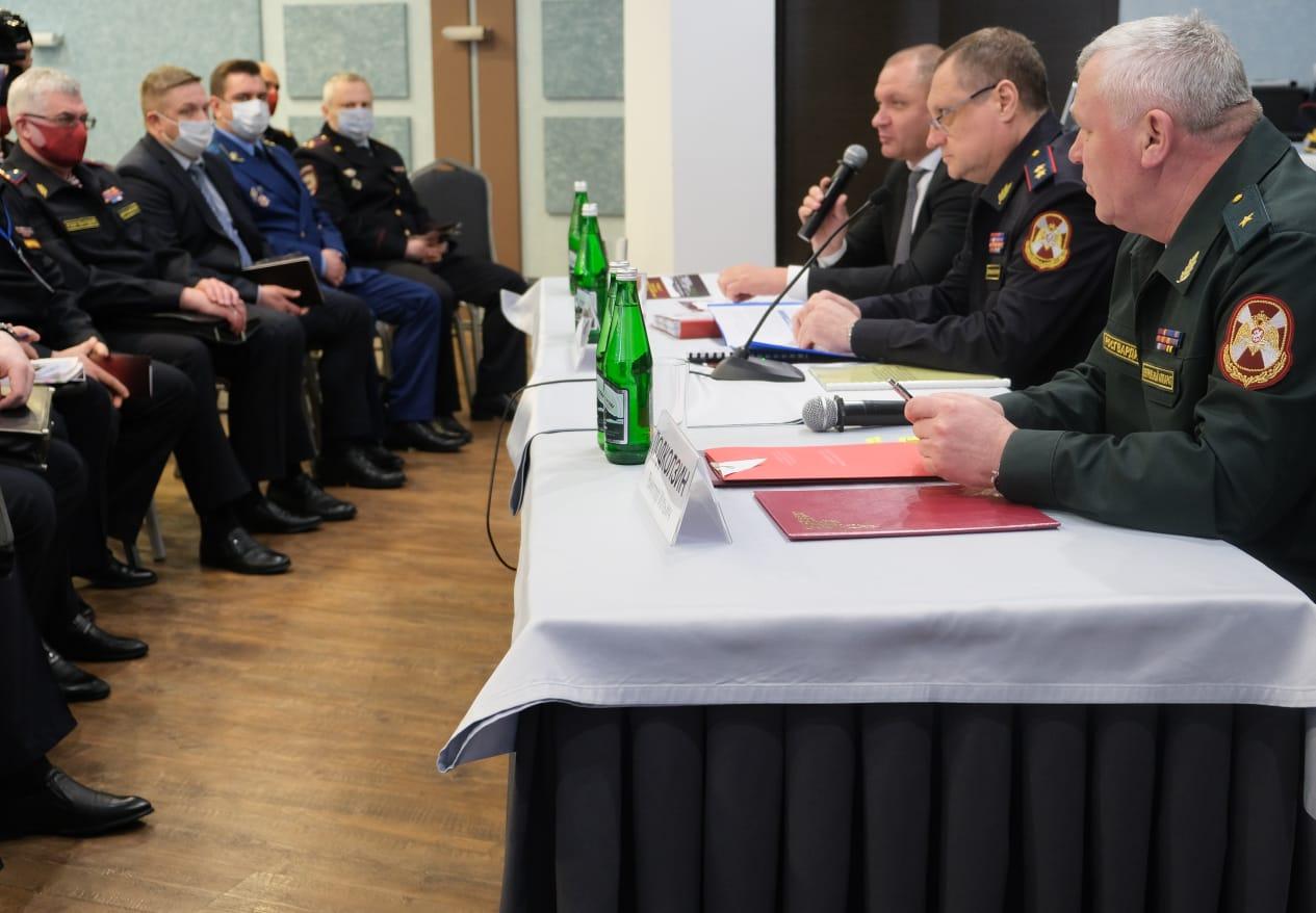 Всероссийское совещание-семинар для руководителей подразделений вневедомственной охраны проходит в Ярославле