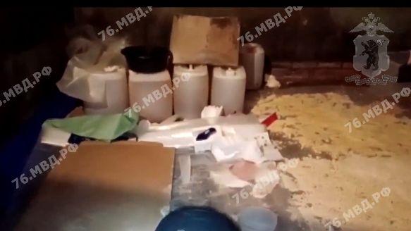 Изъяли 80 кг наркотиков: организаторам подпольной лаборатории грозит пожизненный срок