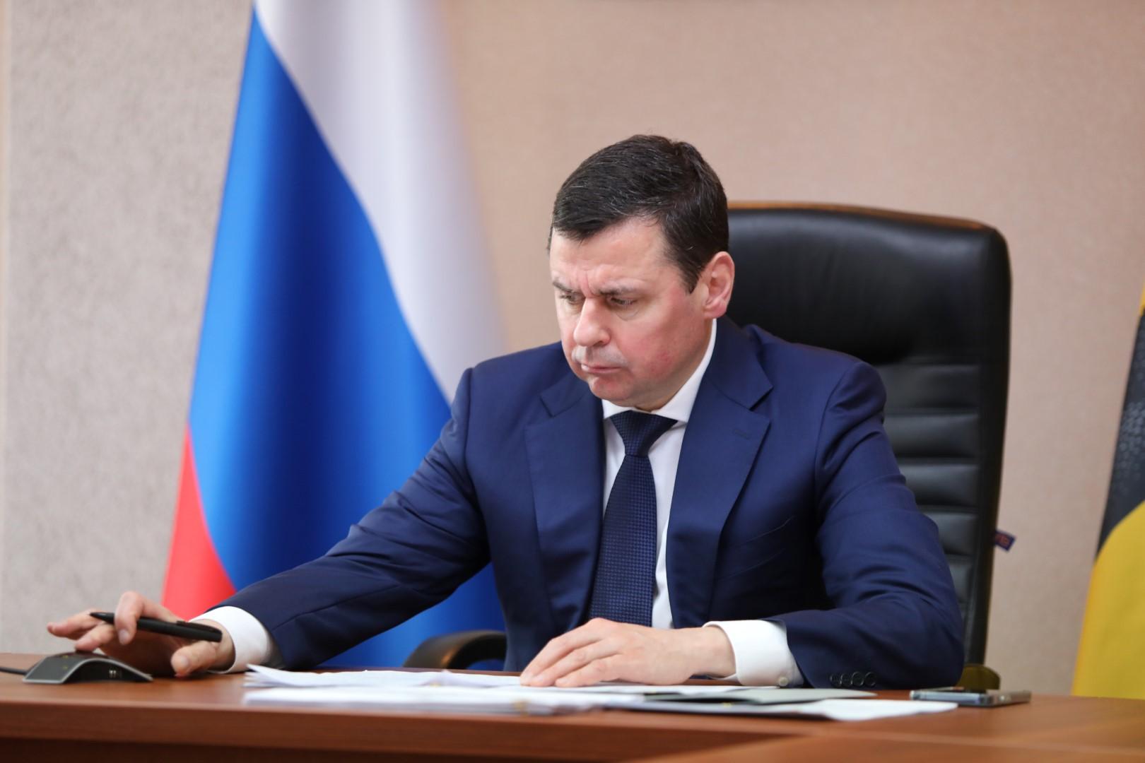Дмитрий Миронов поручил всем ответственным службам оперативно реагировать на ситуацию с подтоплением
